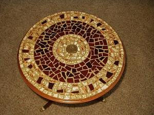 mosaic-round-table-top-21613238.jpg